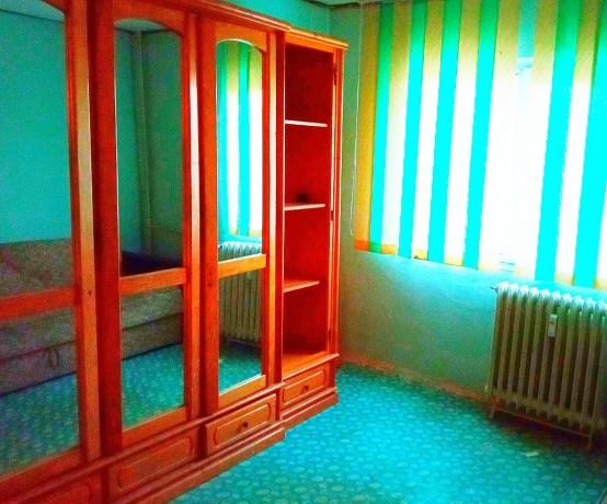 vand-apartament-cu-doua-camere-big-1