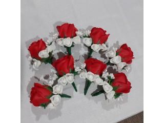 Flori de pus in piept si alte accesorii