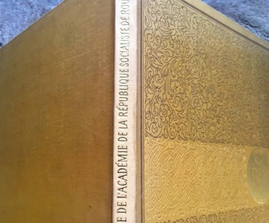 la-bibliotheque-de-l-academie-rsr-1968-big-1
