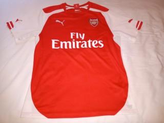 Tricou fotbal cu Arsenal Londra